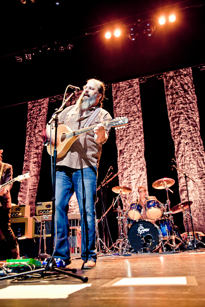Steve Earle, pic by Brittney Kwasney/BrightPhoto.ca