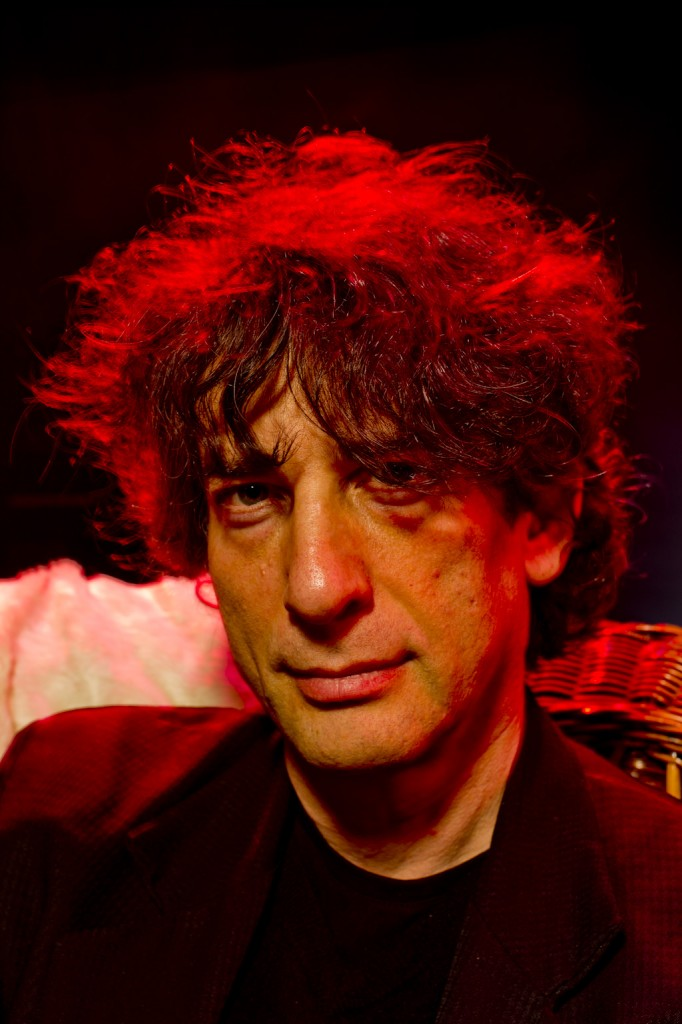 Neil Gaiman, pic by Wayne Höecherl for backstagerider.com