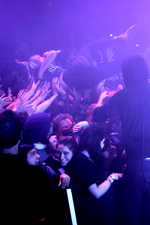 Crystal Castles, pic by Mikala Taylor/backstagerider.com