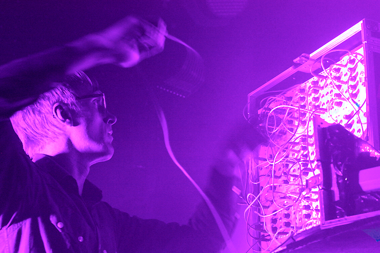 Jas Smith, Simian Mobile Disco, pic by Mikala Taylor