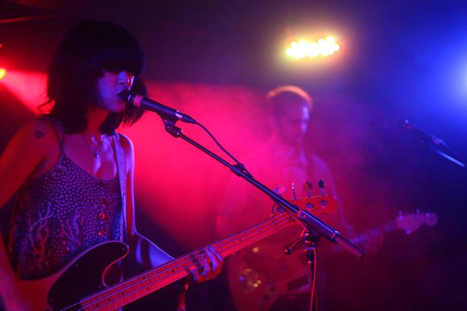 Mariko and Max, Yuck, pic by Mikala Taylor/backstagerider.com