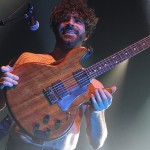 Foals, pic by Mikala Taylor/backstagerider.com