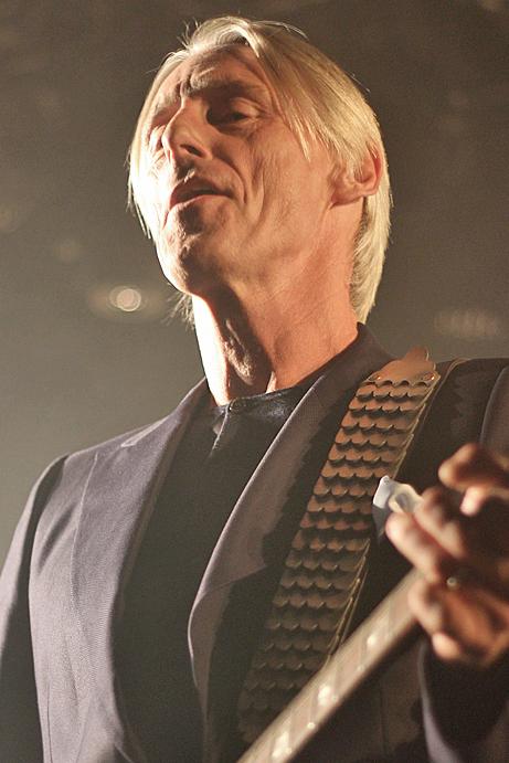 Paul Weller, photo by Mikala Folb/backstagerider.com
